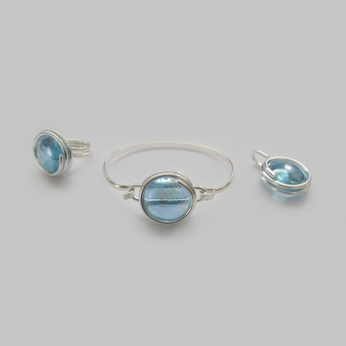 Large-sky-blue-glass-set